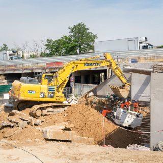 Le chantier du pont de la RD77 et de la station aérienne, en juin 2020