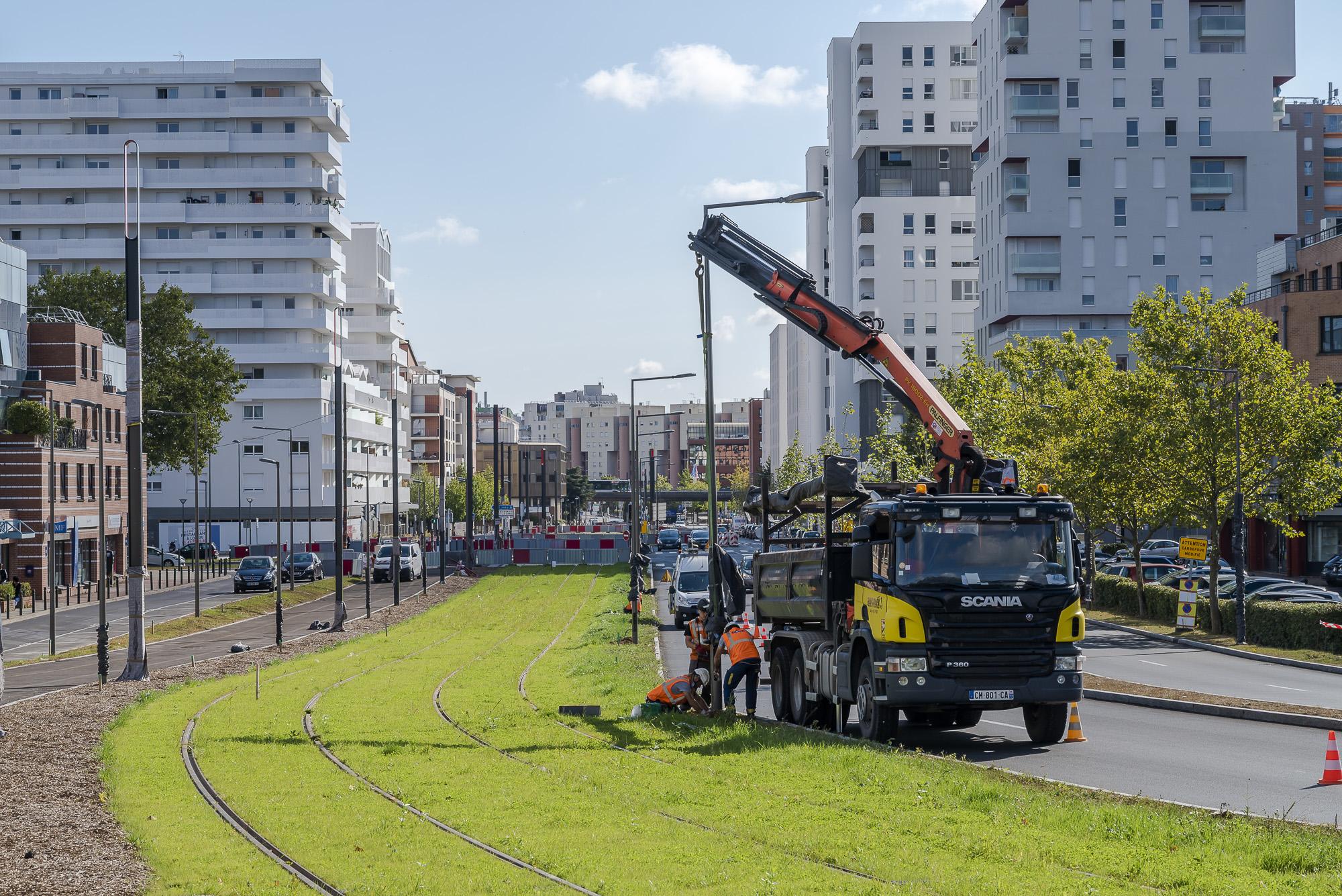Végétalisation des voies dans le centre-ville d'Evry-Courcouronnes